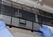 AC filter cleaning in Dubai