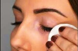 take off eyelash extensions at home